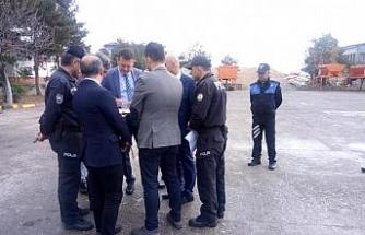 Ürkmezer'den yeni kaymakamlık binası sahasında inceleme
