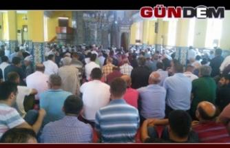 Camilerde Mehmetçik için Fetih Suresi!
