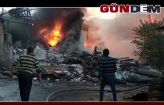 Yangın'da, 3 ev yandı, 1 metruk bina yıkıldı