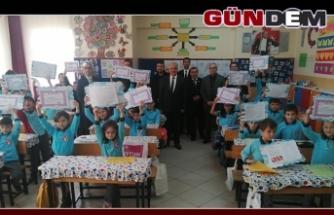 ALAPLI'DA 8 BİN 500 ÖĞRENCİDE KARNE SEVİNCİ
