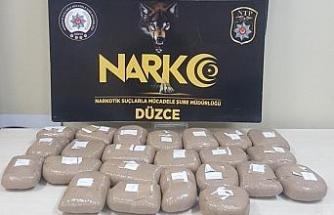 Düzce polisi 24 kilo esrar ele geçirdi