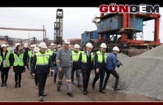 Erdemir limanindan bazalt ihracatı