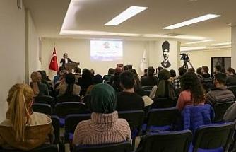 KBÜ'de sosyal medya ve dijitalizmin etkileri anlatıldı