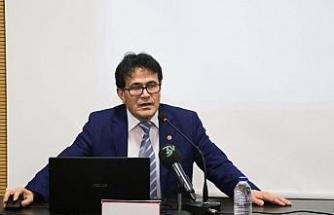 """Prof. Dr. Çakan: """"Doğu Türkistan, Türk ve İslam dünyasının kanayan yarasıdır"""""""