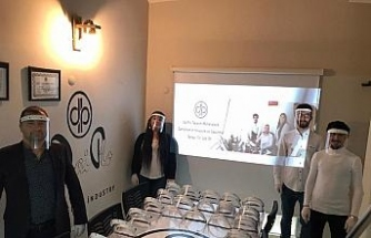 Bartın Üniversitesi öğrencileri yüz koruyucu siperlik üretti