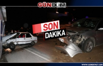 Ereğli'de iki otomobil çarpıştı! 1 kişi yaralandı