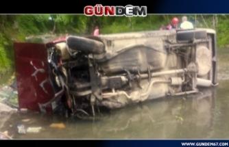 Şarampole devrilen otomobilin sürücüsü öldü ...