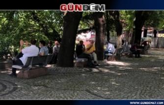Vatandaşlar uzun bir aradan sonra hafta sonu sokağa çıktı