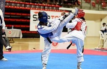 Taekwondo milli takımına 2 sporcu!..