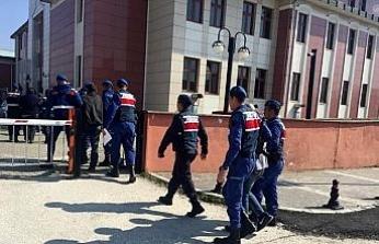 Jandarma hırsızları pusu kurarak yakalandı