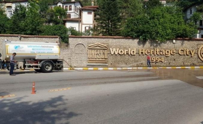 Safranbolu Sokaklarında Bayram Temizliği
