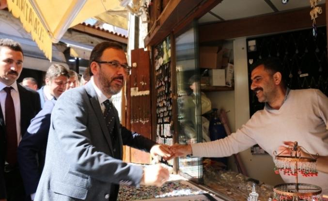 Bakan Kasapoğlu, AK Parti adayı Kaya'ya destek istedi