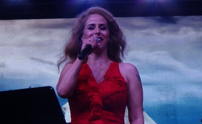Niran Ünsal'dan şarkıcıları kızdıracak açıklama