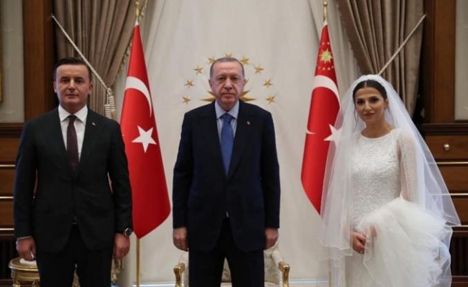 Erdoğan, Kocaman ve Dursun'ailesini  Cumhurbaşkanlığı Sarayı'nda kabul etti