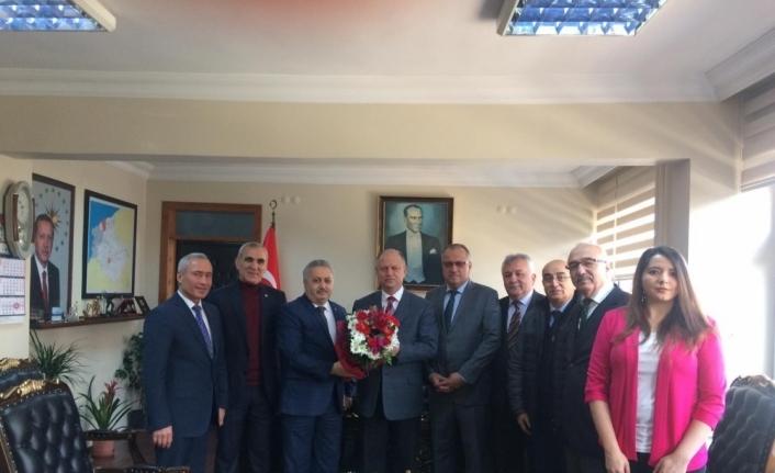 THK yönetimi Kaymakam Çorumluoğlu'nu ziyaret etti...