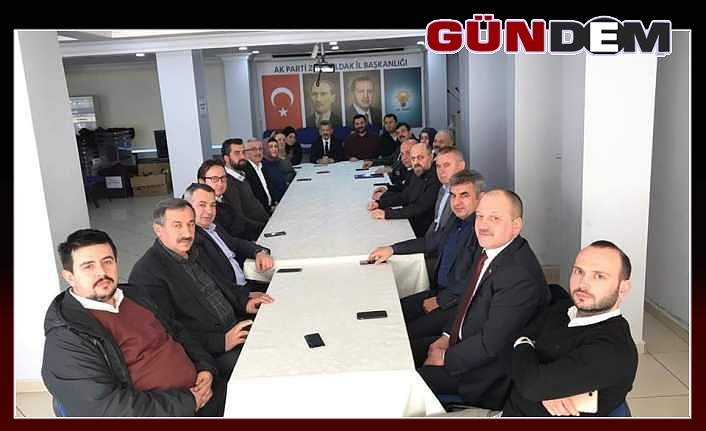 AK Parti Olağanüstü toplandı